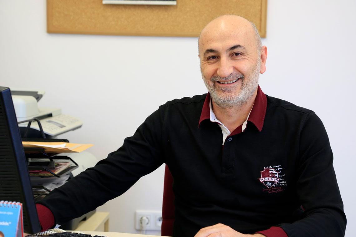Ahmet ŞAHİNER