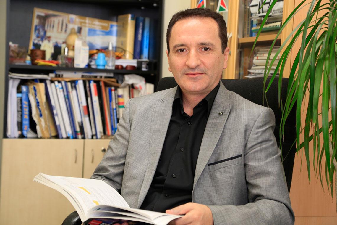 Ahmet Faruk ÖZDEMİR