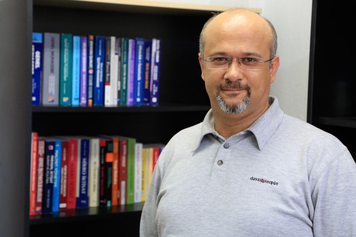 Ahmet Kuntay DEMİRAL