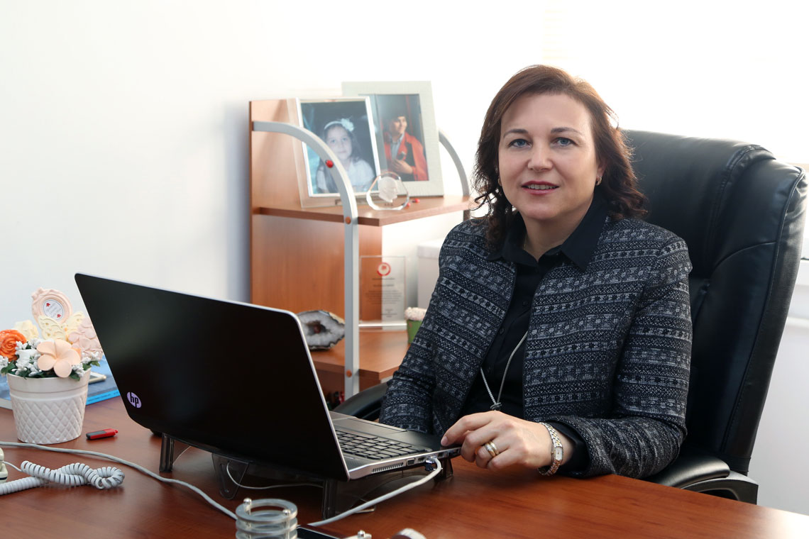 Ayşen DAVRAZ