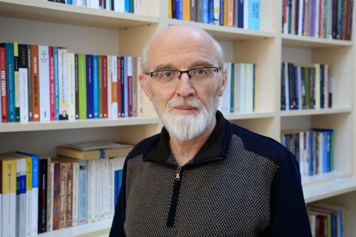 Selim SÖZER