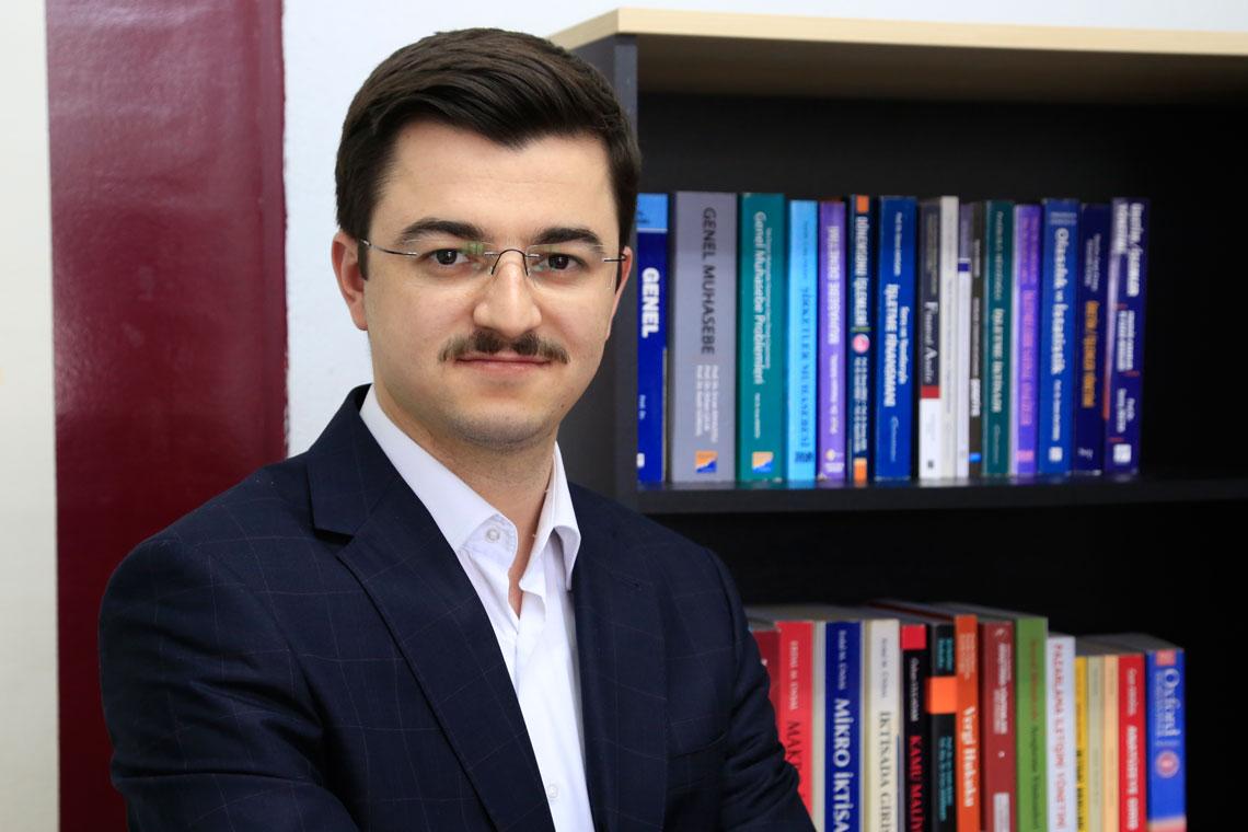 Süleyman BAYRAKCIOĞLU